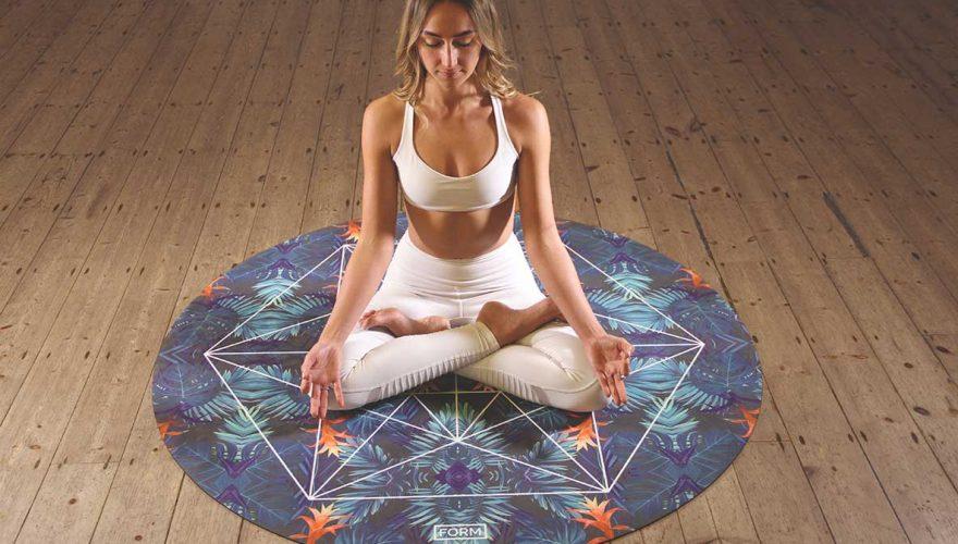 Yoga-y-Pranayama-como-incluirlos-en-tu-rutina-diaria-ayurvedica